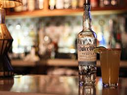 art4-Batch#7610-kw3- tequila bar bogota